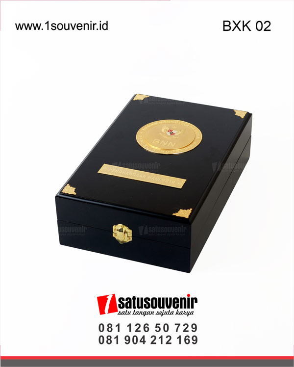 Box Kayu BNN Penghargaan HANI 2019