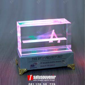 Plakat Kristal Jembatan Klodran PT Waskita Karya