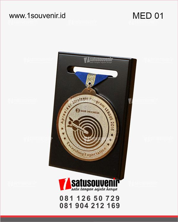 Medali Apresiasi Strategic Program League 2016