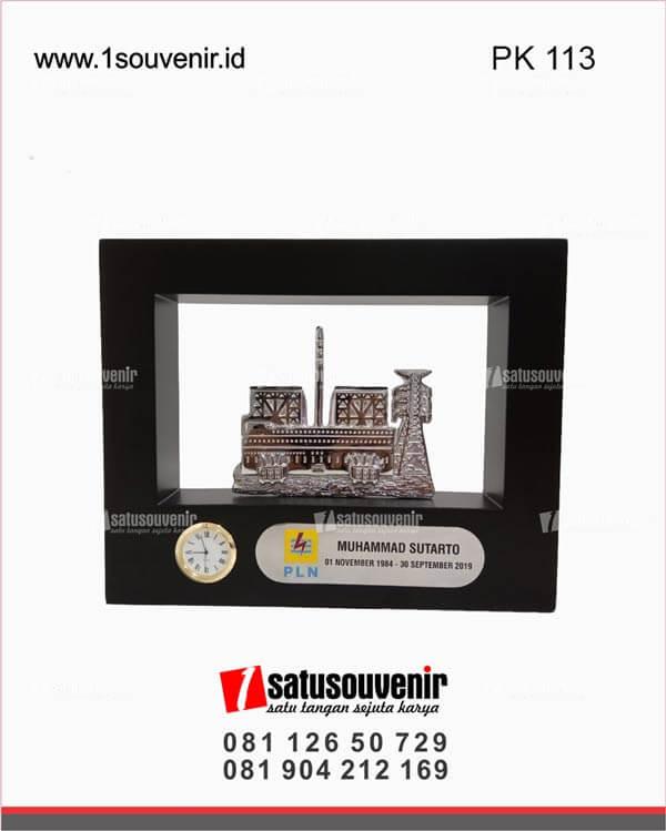 PAK113 Vandel Plakat Kayu Jam PLN