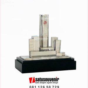 SM118 Souvenir Miniatur Gedung Telkom