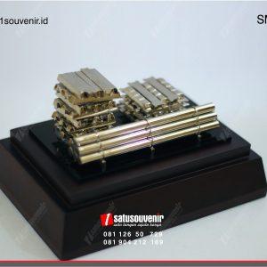 Souvenir Miniatur Bahan Pipa