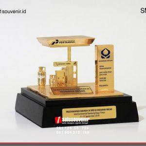 Souvenir Miniatur SPBU Pertamina Unik