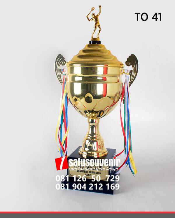 TO41 Piala Olahraga Turnamen Badminton GCSP
